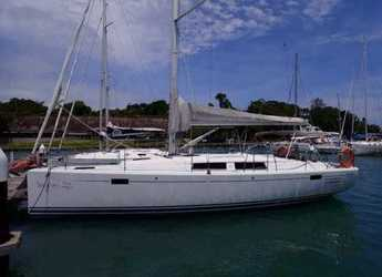Rent a sailboat in Yacht Haven Marina - Hanse 385