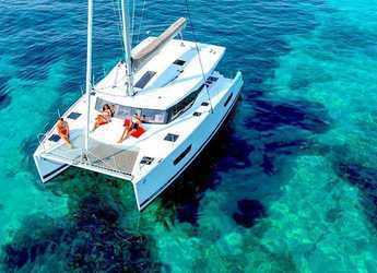 Rent a catamaran in American Yacht Harbor - Fountain Pajot 40