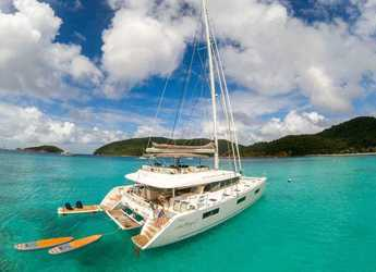 Rent a catamaran in American Yacht Harbor - Lagoon 62