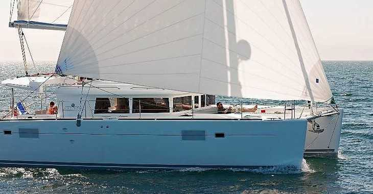 Rent a catamaran in American Yacht Harbor - Lagoon 50