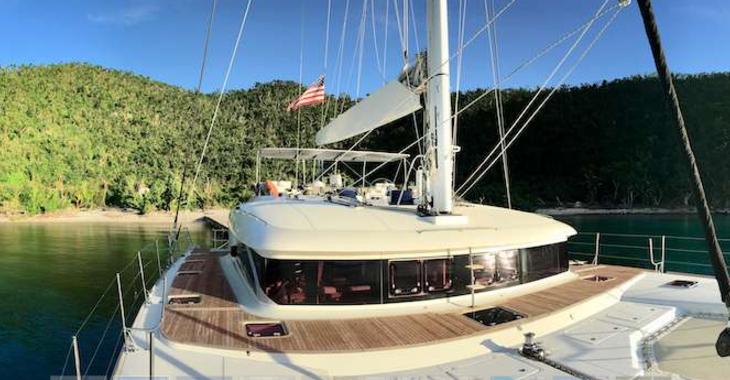 Rent a catamaran in Palm Cay Marina - Lagoon 62