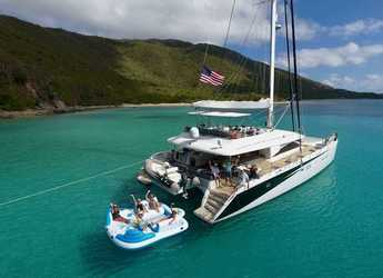 Rent a catamaran in Palm Cay Marina - Lagoon 62