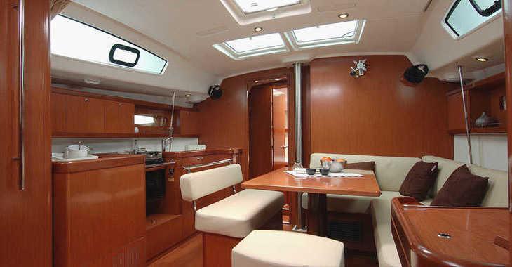 Alquilar velero en Alimos Marina Kalamaki - Oceanis 43