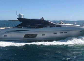 Rent a motorboat in Palm Cay Marina - Sunseeker 67