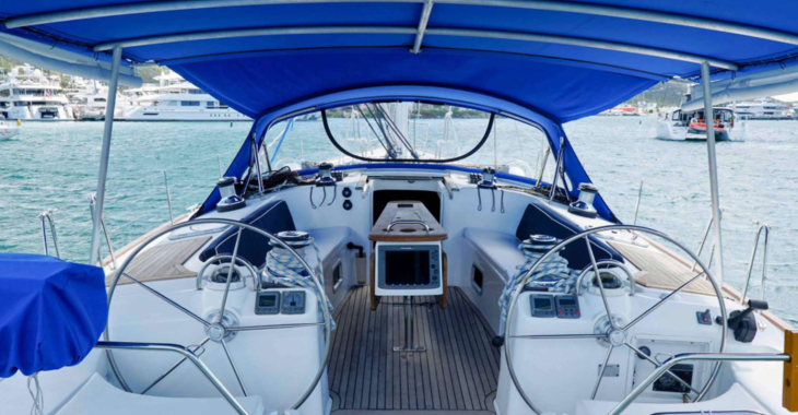 Rent a sailboat in Sint Maarten (Netherlands) - Beneteau 53