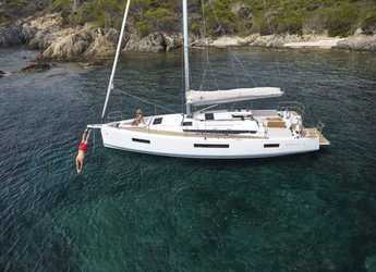 Rent a sailboat in Port Purcell, Joma Marina - Sun Odyssey 440 - 2 cab.