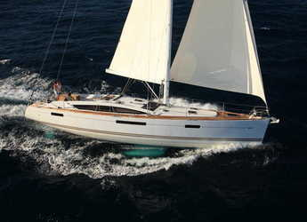 Rent a sailboat in Portocolom - Jeanneau 53 - 5 + 1 cab.