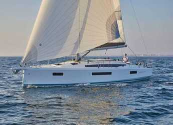 Rent a sailboat in Portocolom - Sun Odyssey 410 - 3 cab.