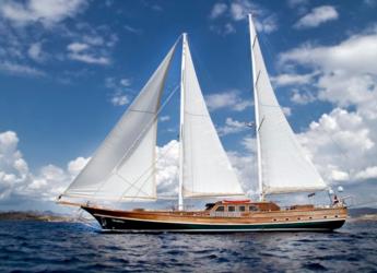Rent a schooner in Bodrum Marina - Guley 35