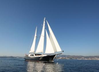 Rent a schooner in Bodrum Marina - Gulet 24