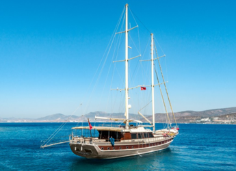 Rent a schooner in Bodrum Marina - Gulet 38