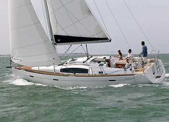 Rent a sailboat in Alimos Marina Kalamaki - Oceanis 40