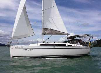 Rent a sailboat in Yacht Haven Marina - Bavaria 33 Cruiser