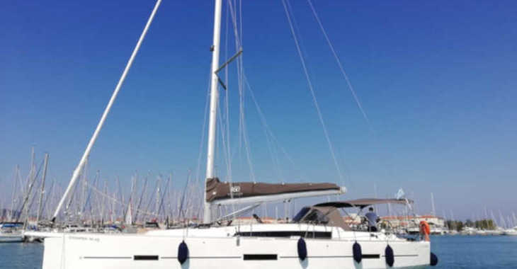 Rent a sailboat in Lefkas Nidri - Dufour 460 Grand Large