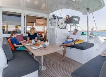 Rent a catamaran in Ao Po Grand Marina - LAGOON 40