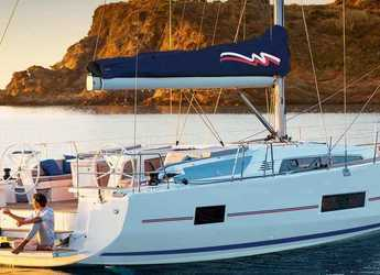 Rent a sailboat in Captain Oliver's Marina - Moorings 46.3