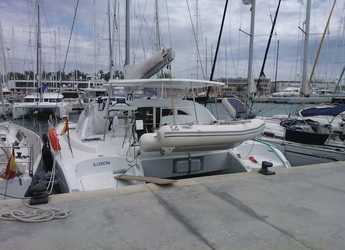 Rent a catamaran in Marina del Sur. Puerto de Las Galletas - Lagoon 380