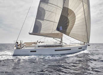 Rent a sailboat in Port of Santa Cruz de Tenerife - Sun Odyssey 490