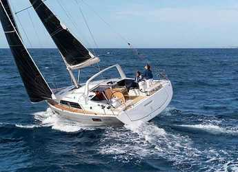 Rent a sailboat in Portu Valincu - Oceanis 41.1