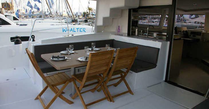 Rent a catamaran in Paroikia - Bali 4.5