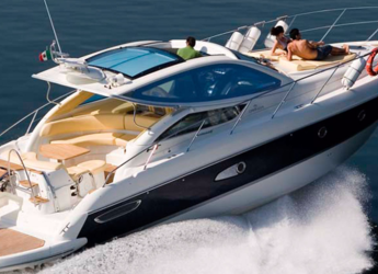 Rent a motorboat in Marina Botafoch - Cranchi 43