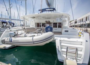 Rent a catamaran in YachtClub Seget - Lagoon 450F