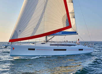 Rent a sailboat in Rodney Bay Marina - Sunsail 410 (Premium)