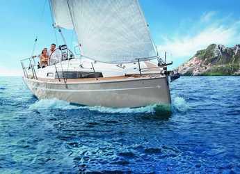 Rent a sailboat in Veruda - Bavaria Cruiser 34 - 2 cab.
