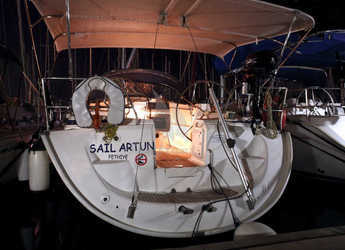 Rent a sailboat in Ece Marina - Bavaria 42 Cruiser