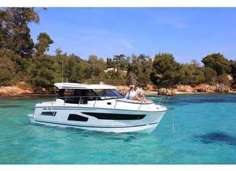 Rent a motorboat in ACI Marina Dubrovnik - Jeanneau Merry Fisher 1095 Fly
