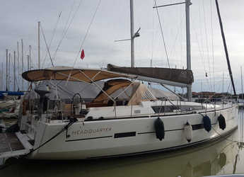 Rent a sailboat in Cagliari port (Karalis) - Dufour 512 Grand Large