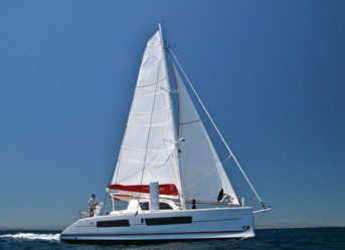Rent a catamaran Catana 42 Custom in Port Moselle, Noumea