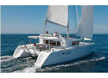 Rent a catamaran in Marina d'Arechi - Lagoon 450  Flybridge