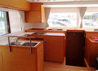 Rent a catamaran in Fort Burt Marina - Lagoon 450
