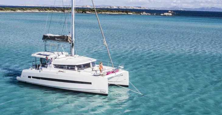 Rent a catamaran in Port Tino Rossi - Bali 4.1