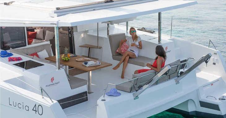 Rent a catamaran in Port Tino Rossi - Lucia 40