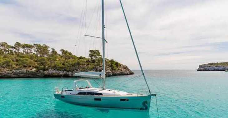 Rent a sailboat in Marina Skiathos  - Oceanis 41.1