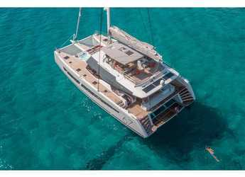 Rent a catamaran in Marina di Stabia - Fountaine Pajot Alegria 67