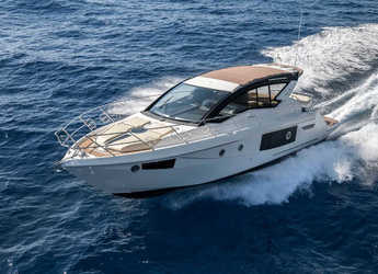 Rent a yacht in Naviera Balear - Cranchi M44 HT