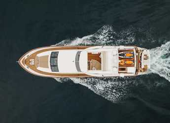 Rent a motorboat in Alimos Marina Kalamaki - Falcon 92