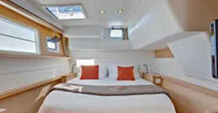 Rent a catamaran in Palm Cay Marina - Lagoon 450