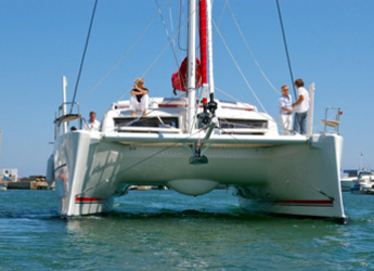 Rent a catamaran Catana 42 Carbon Infusion in Marina Le Marin, Le Marin