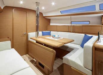 Rent a sailboat in Nanny Cay - Sun Odyssey 389