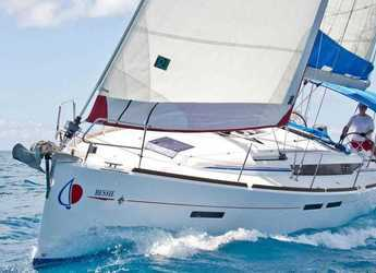 Rent a sailboat in Marina Zeas - Sunsail 410 (Premium Plus)