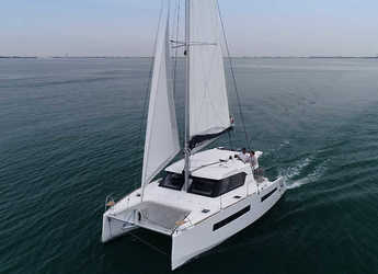 Rent a catamaran in Marina Zadar - Aventura 34