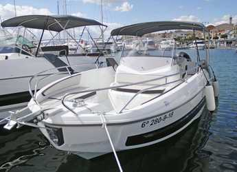 Rent a motorboat in Port Mahon - Beneteau Flyer 8
