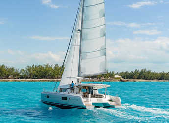 Rent a catamaran in Lefkas Nidri - Lagoon 42