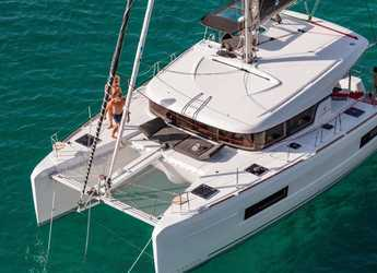 Rent a catamaran in Agios Kosmas Marina - Lagoon 40 - 4 + 2 cab
