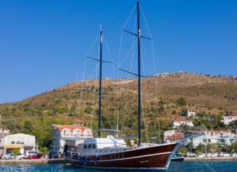 Rent a schooner in Ece Marina - Gulet Yacht Queen Duru