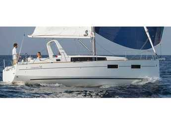Rent a sailboat in Orhaniye marina - Oceanis 35